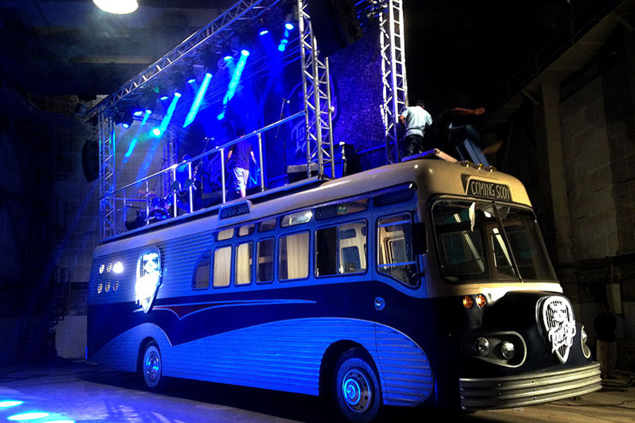 Red-bull-tour-bus-21